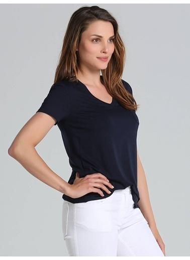 Tişört-Faik Sönmez